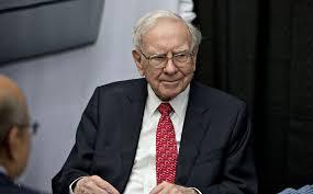 Warren Buffet (Courtesy: Bloomberg)